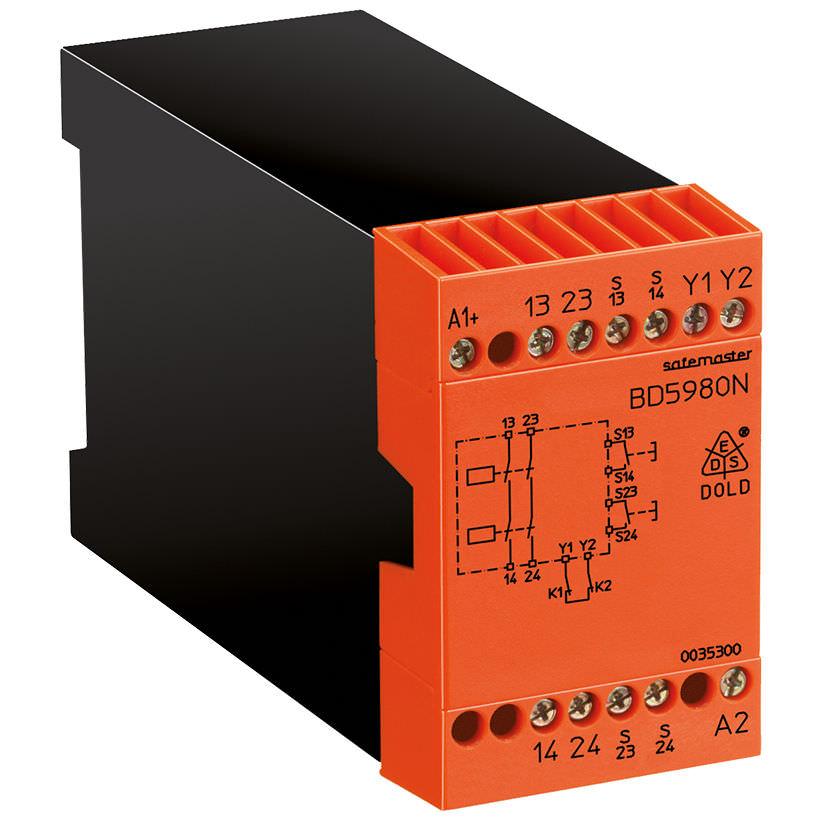 Электромеханическое реле для обеспечения безопасности на DIN-рейке для двуручного управления SAFEMASTER | BD 5980N DOLD